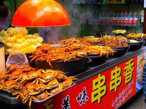 Street-food-per-le-vie-di-Qibao-Shanghai